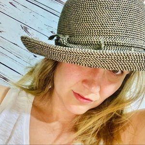 Black & Tan Bowler Summer Hat